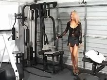 Luxurious shemale sexing in the gym