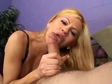 Sexy blond tranny does fine blowjob