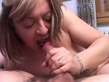 Mature shemale drinking cum in orgy