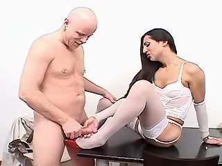 Guy deep sucks strong shemales cock